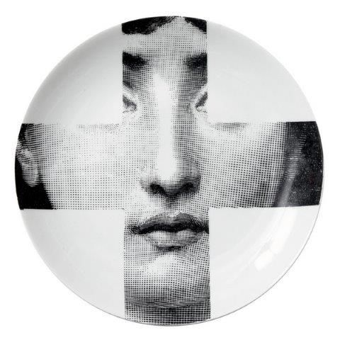 Fornasetti Wall Plate T & V 151