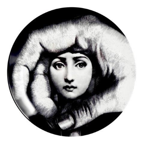Fornasetti Wall Plate T & V 219