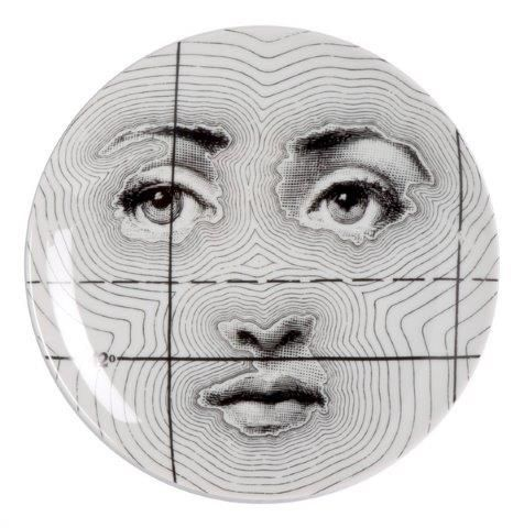 Fornasetti Wall Plate T & V 99